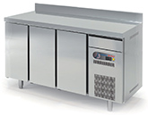 600 REFRIGERATED TABLE